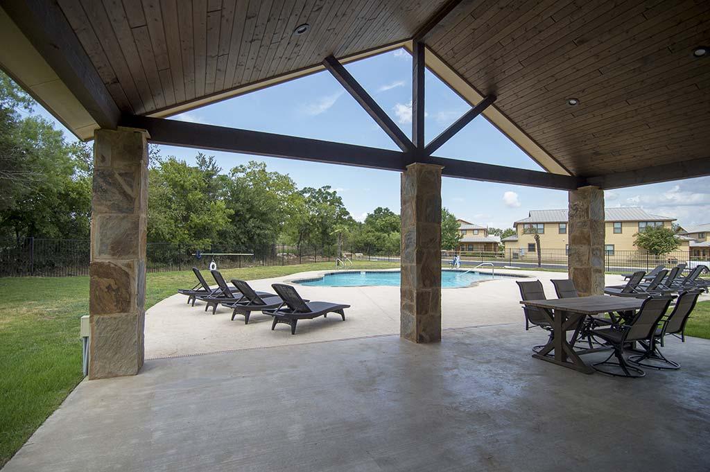pool-grounds-10
