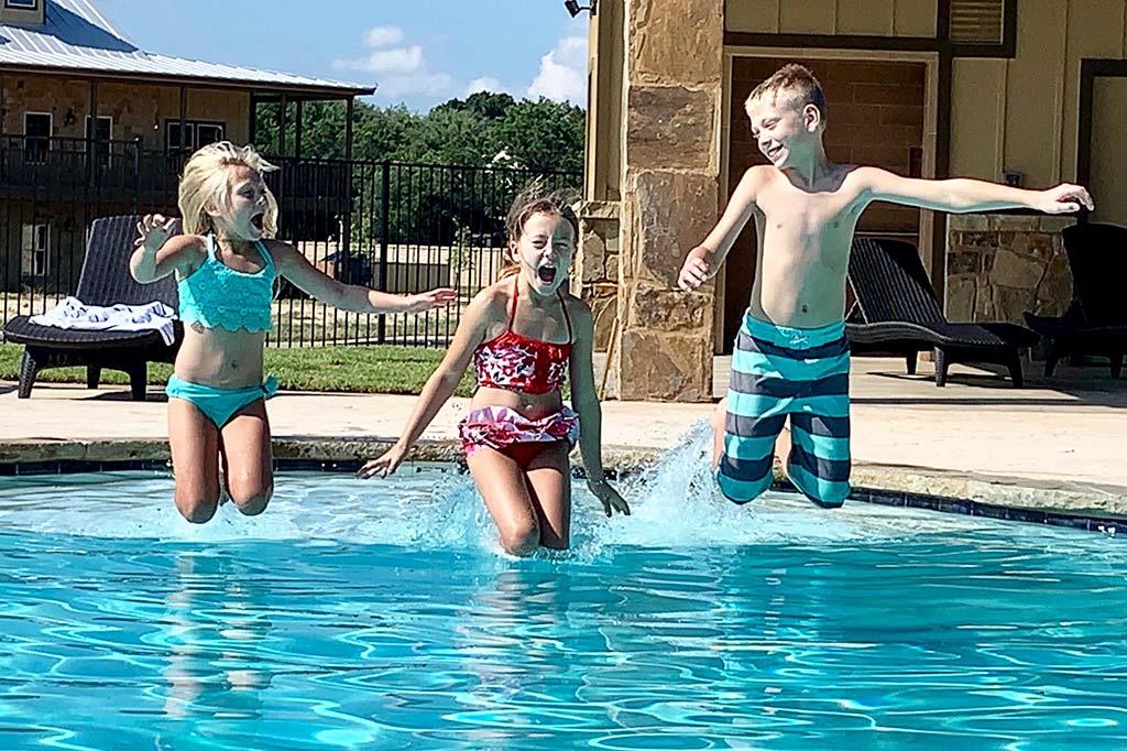 pool-grounds-6