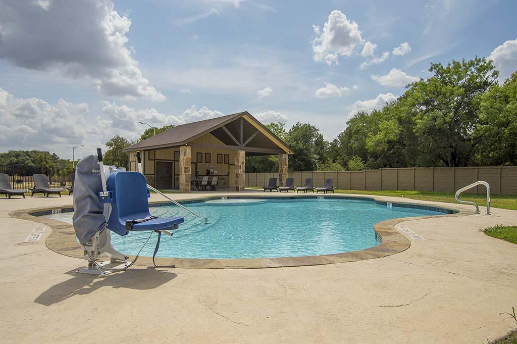 pool-grounds-8